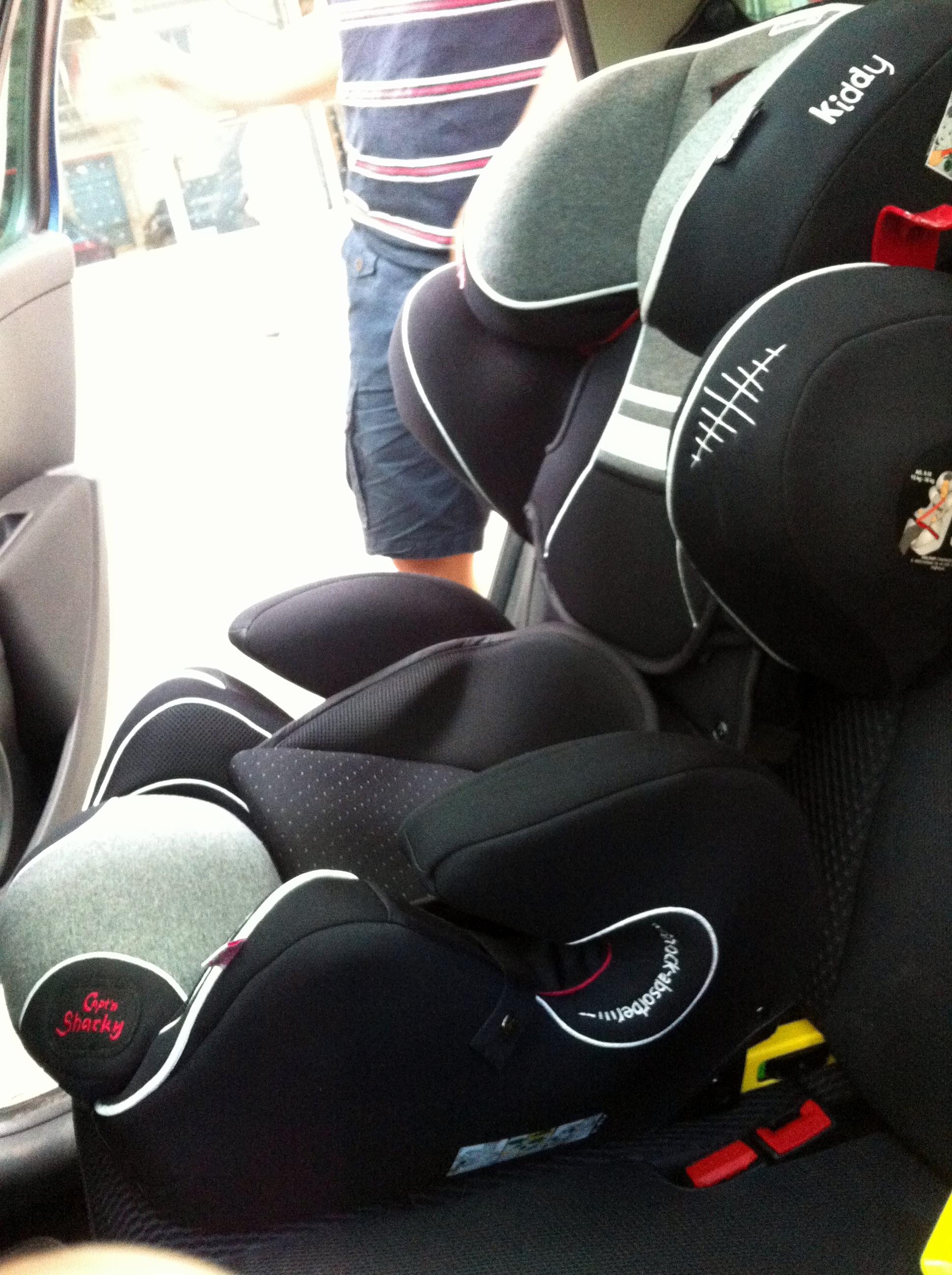 lettre au p re no l pour enfant nomade le si ge auto guardianfix pro 2 de kiddy flying. Black Bedroom Furniture Sets. Home Design Ideas