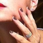 Montre moi tes ongles #5, l'hôtesse de l'air en action!